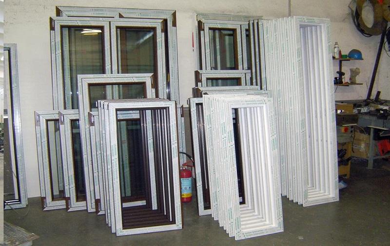 Infissi in pvc viterbo finestre porte pvc prezzi serramenti - Porte finestre prezzi ...
